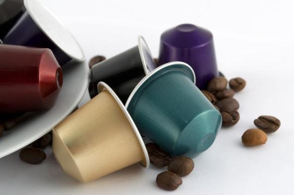 come-creare-una-collana-con-le-capsule-del-caffe_87a3e050f245a5421e4948b19851c17a